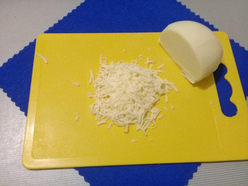 Фото рецепта - Картофельные розочки с беконом и адыгейским сыром - шаг 3
