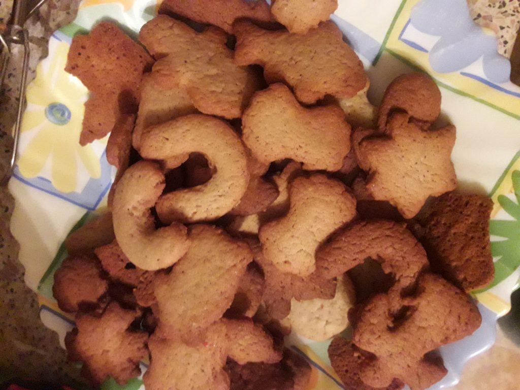 Фото рецепта - Рождественское имбирное печенье - шаг 6