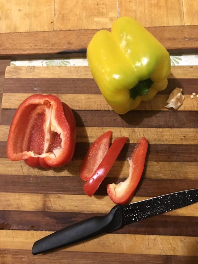 Фото рецепта - Постный салатик из фасоли  и кукурузы - шаг 3