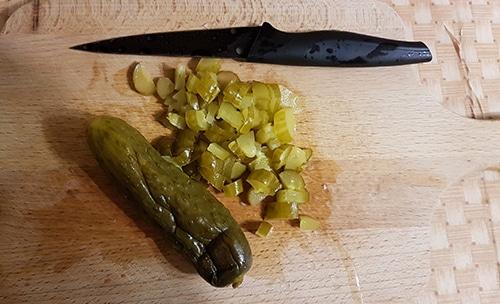 Фото рецепта - Рассольник с рисом на говядине без обжарки, в мультиварке - шаг 5
