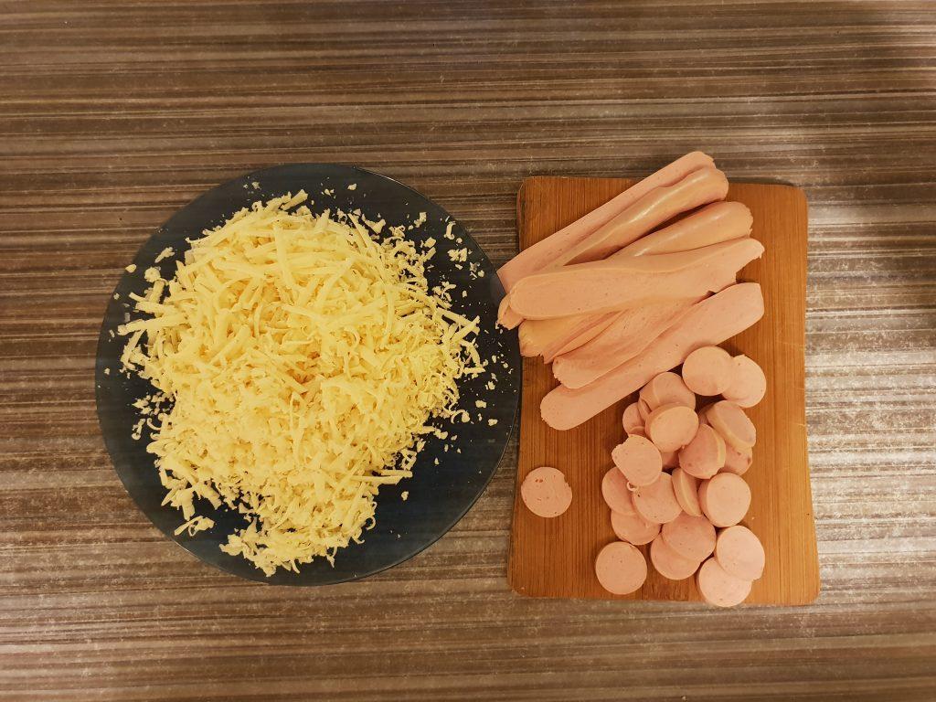 Фото рецепта - Пицца студенческая на сковороде - шаг 2