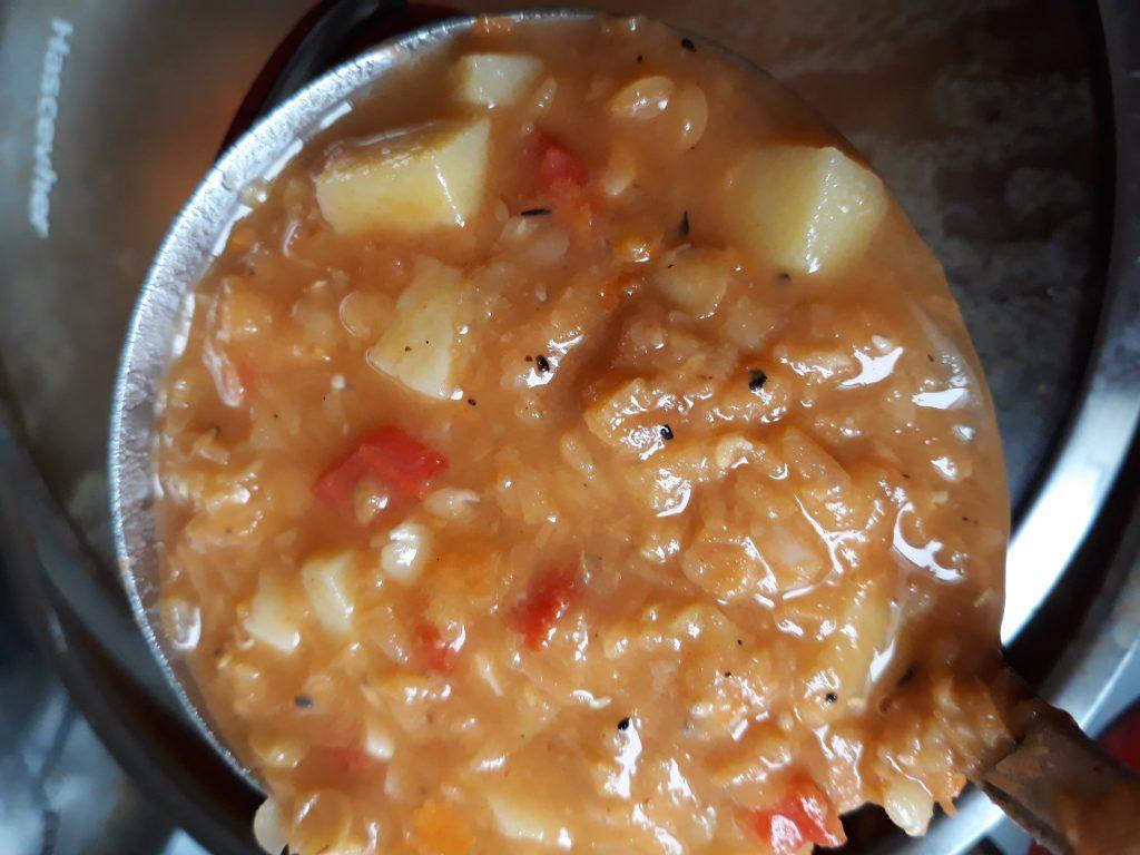 Фото рецепта - Похлебка из чечевицы - шаг 4
