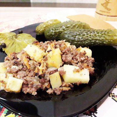 Картофель, жаренный с фаршем - рецепт с фото