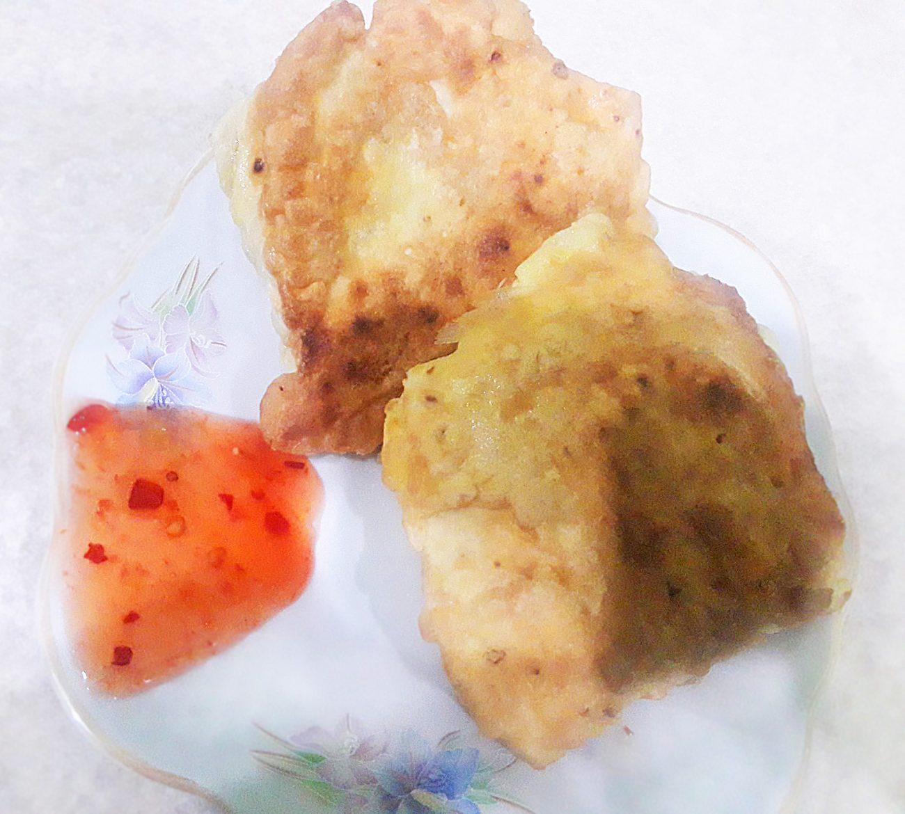 Жареные конвертики из лаваша с курицей и овощами