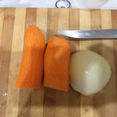 Фото рецепта - Гречка, тушеная с говядиной - шаг 2