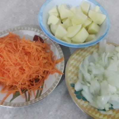 Фото рецепта - Вермишелевый суп с фрикадельками - шаг 2