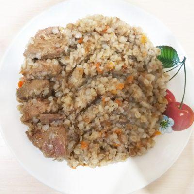 Гречка, тушеная с говядиной - рецепт с фото