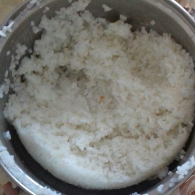 Фото рецепта - Пирожки на дрожжевом тесте с предсердием и рисом - шаг 5