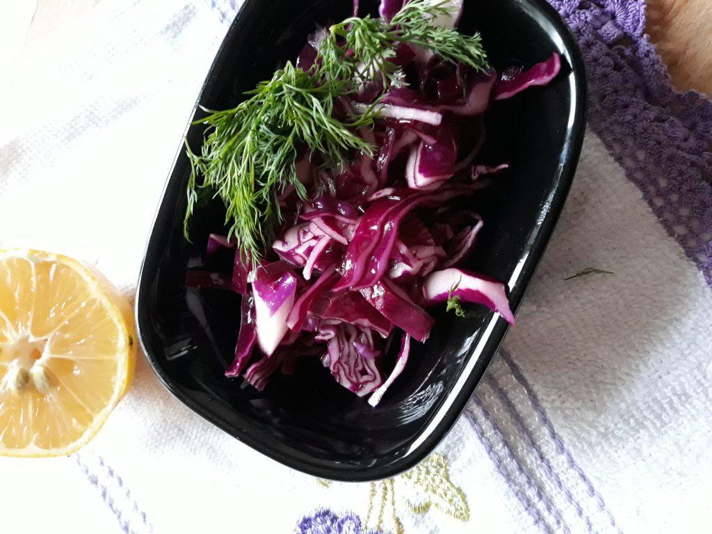 Фото рецепта - Краснокочанная капуста быстрой засолки - шаг 6