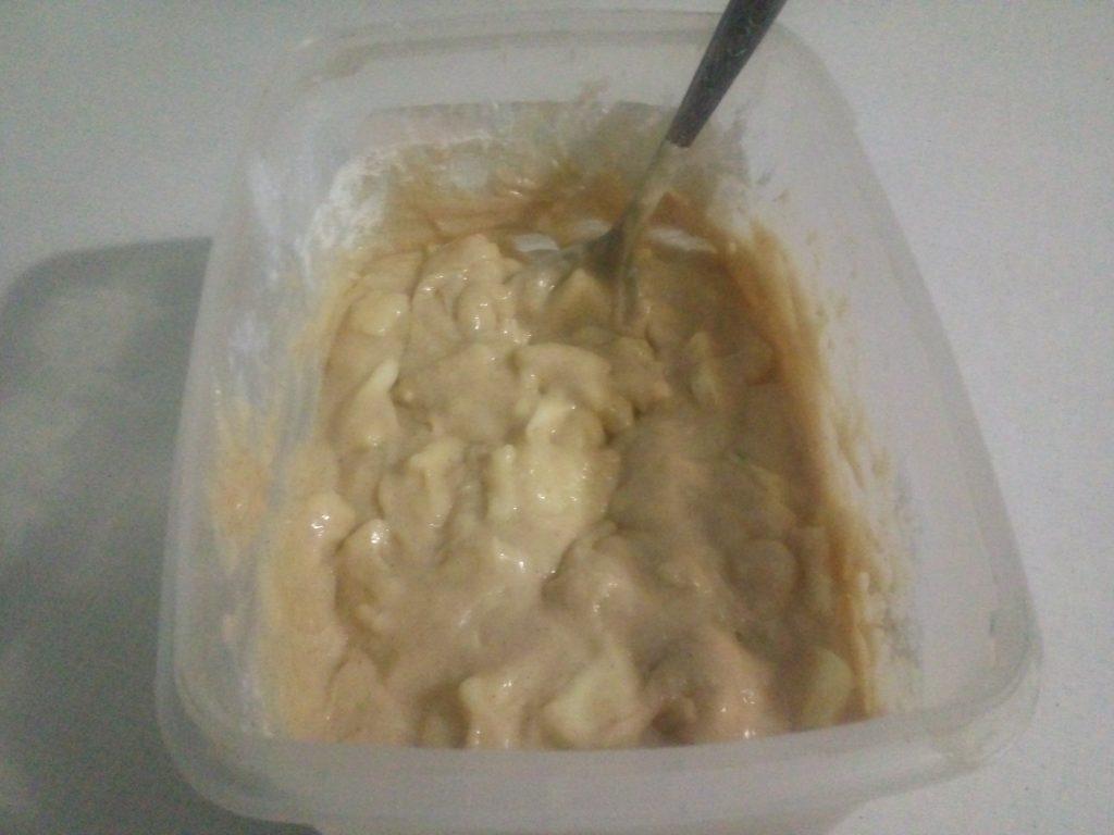 Фото рецепта - Яблочный пирог с корицей - шаг 3