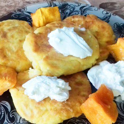 Творожные сырники с тыквой - рецепт с фото