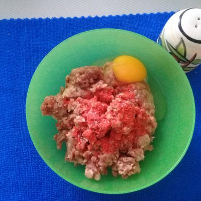 Фото рецепта - Рисовый суп с фрикадельками - шаг 4
