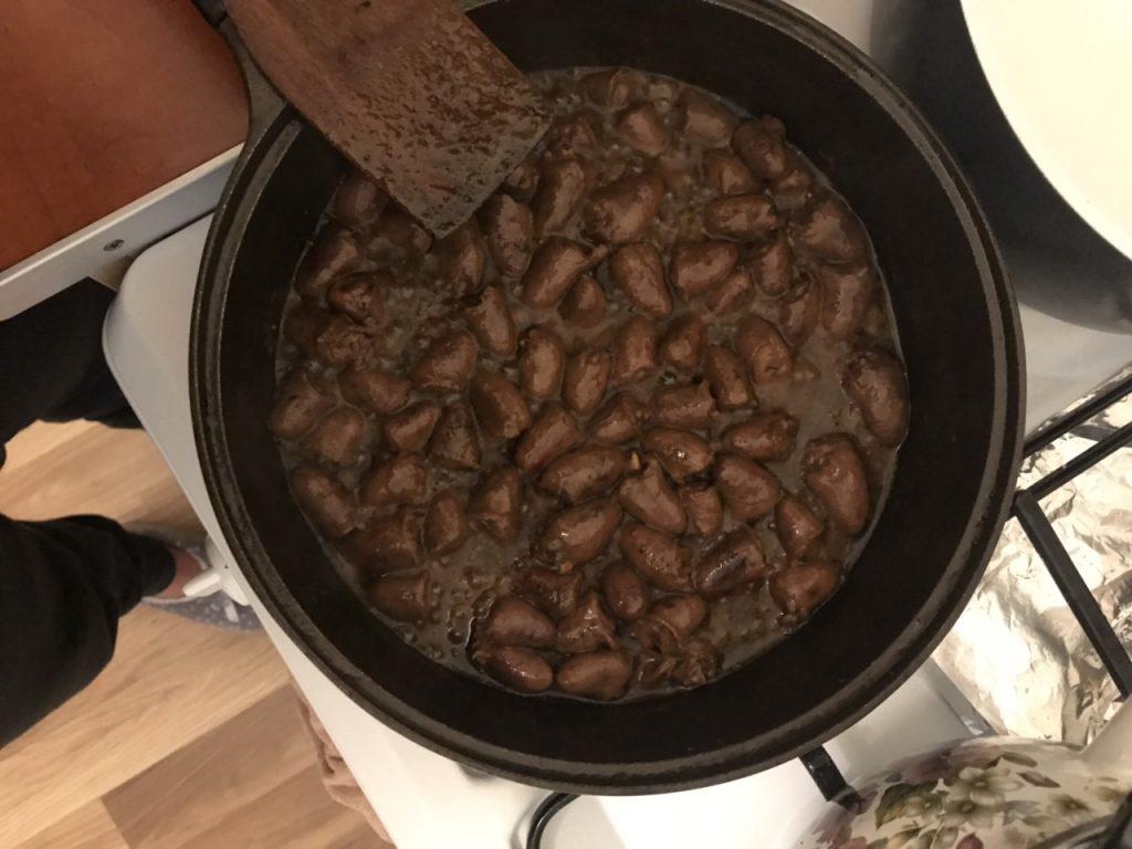 Фото рецепта - Куриные сердца в горчичном соусе - шаг 4