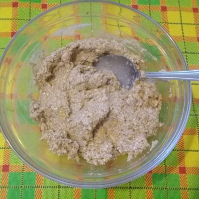 Фото рецепта - Овсяное печенье с бананом и шоколадом - шаг 2