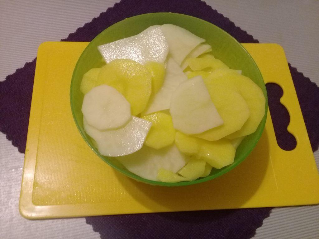Фото рецепта - Жаренная картошка с беконом - шаг 3