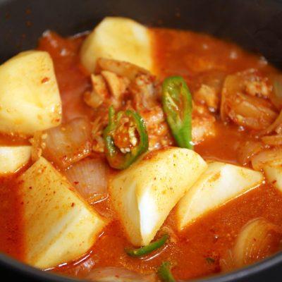 Рагу из курицы с картошкой - рецепт с фото