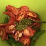 Фото рецепта - Салат из овощей и пророщенного маша - шаг 4