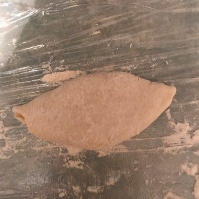 Фото рецепта - Пирожки на кефире и дрожжевом тесте, с яйцом и рисом - шаг 6