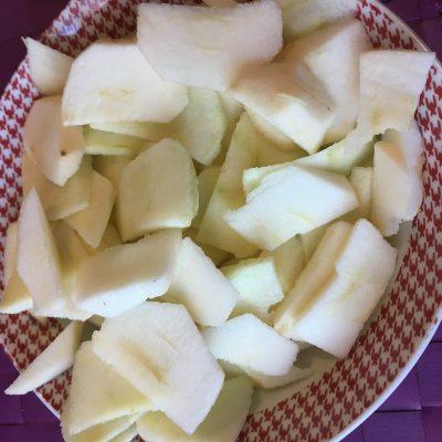Фото рецепта - Пирог с яблоками и корицей в мультиварке - шаг 2