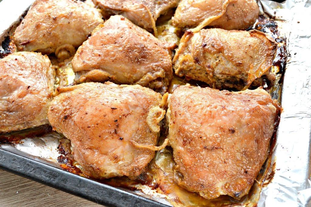 Фото рецепта - Куриный шашлык в духовке на противне - шаг 7