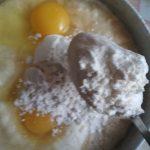Фото рецепта - Картофельные драники с чесноком - шаг 3