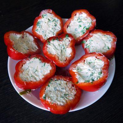 Пикантная сырная закуска с болгарским перцем - рецепт с фото