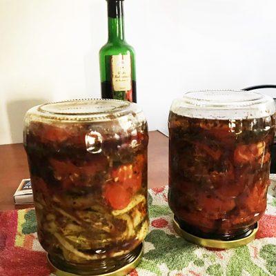 Вяленые помидоры и болгарский перец в оливковом масле - рецепт с фото