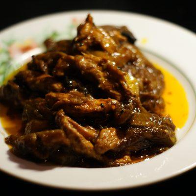 Фото рецепта - Куриное филе в остром кисло-сладком соусе с цукини и грибами - шаг 13