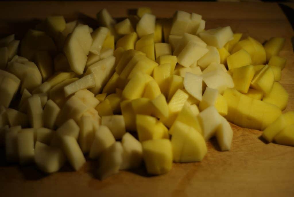 Фото рецепта - Картофель запеченный с фасолью и грибами - шаг 2