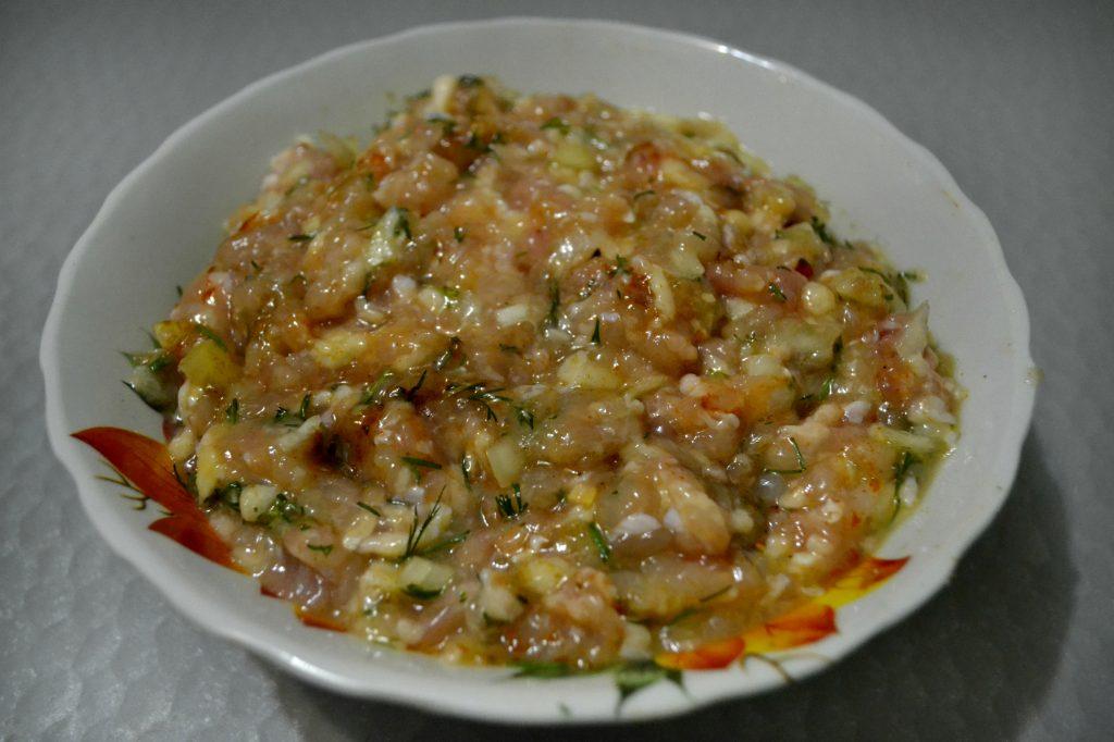 Фото рецепта - Куриный люля-кебаб в духовке - шаг 3