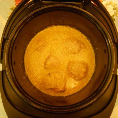 """Фото рецепта - Бёдрышки куриные в молочном соусе """"Карри"""", в мультиварке - шаг 4"""