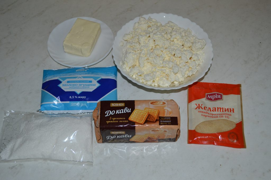 """Фото рецепта - Торт """"Баунти"""" на печенье с творогом - шаг 1"""