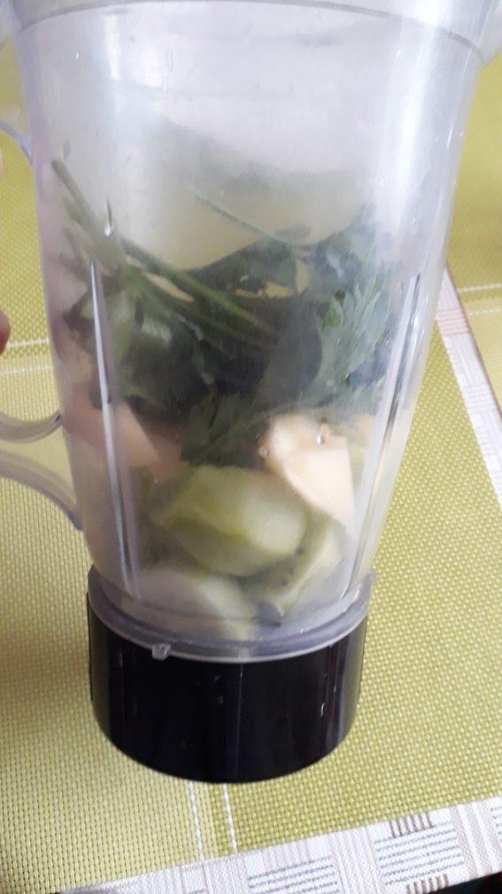 Фото рецепта - Витаминный «зеленый» смузи - шаг 2