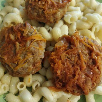 Фото рецепта - Тефтели в томатно-сметанной заливке - шаг 4