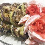 Салат из помидоров и жареных кабачков «Зимняя роза»