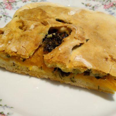 Аджарский пирог с тыквой и кинзой - рецепт с фото