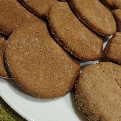 Фото рецепта - Домашнее имбирное печенье (имбирный пряник) - шаг 5