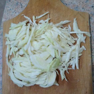 Фото рецепта - Куриный борщ со свеклой и капустой - шаг 4