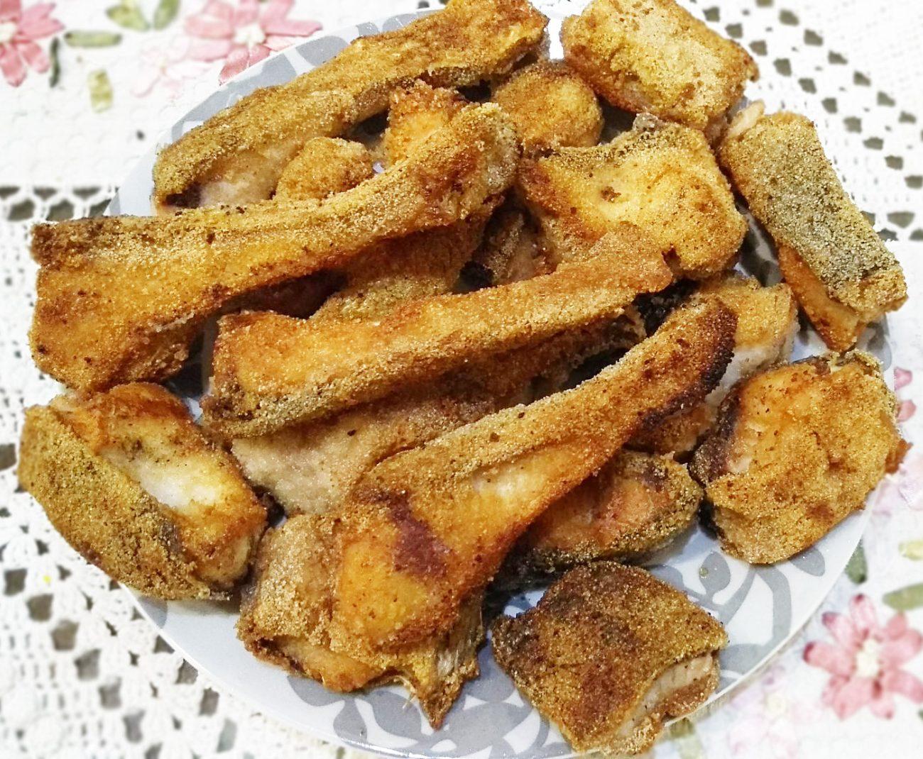 Жареное филе толстолобика (в манке)