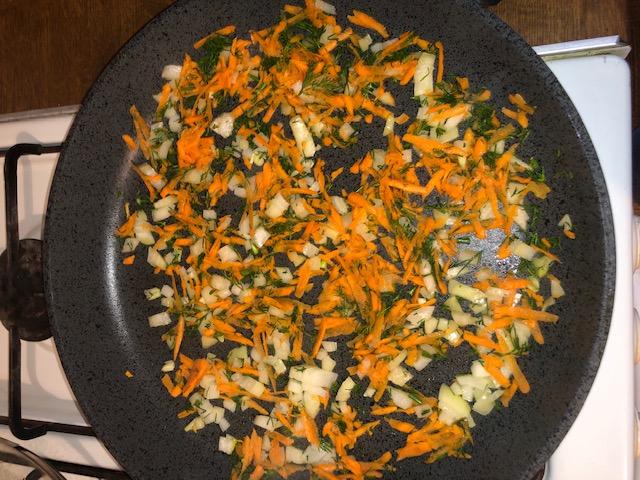Фото рецепта - Суп-пюре с чечевицей и томатами - шаг 5