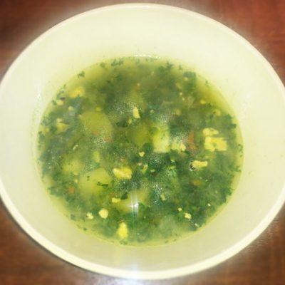 Суп со шпинатом и яйцом - рецепт с фото