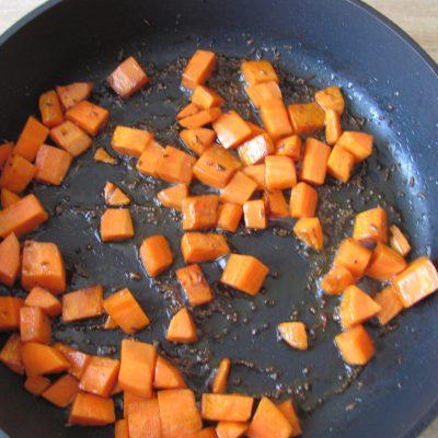 Фото рецепта - Картофель по-индийски (тушеный) - шаг 3