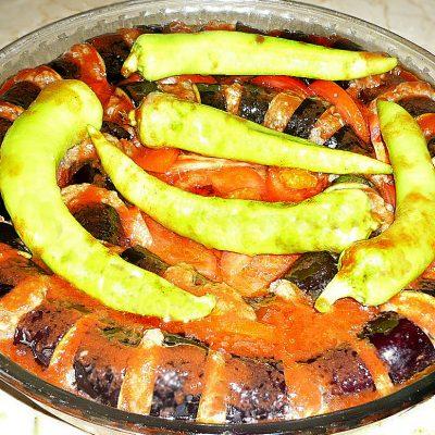 Кебаб из свино-говяжьего фарша с баклажанами (по-турецки) - рецепт с фото