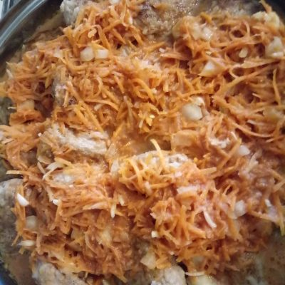 Фото рецепта - Тефтели в томатно-сметанной заливке - шаг 3