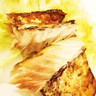 Запеченная скумбрия - рецепт с фото