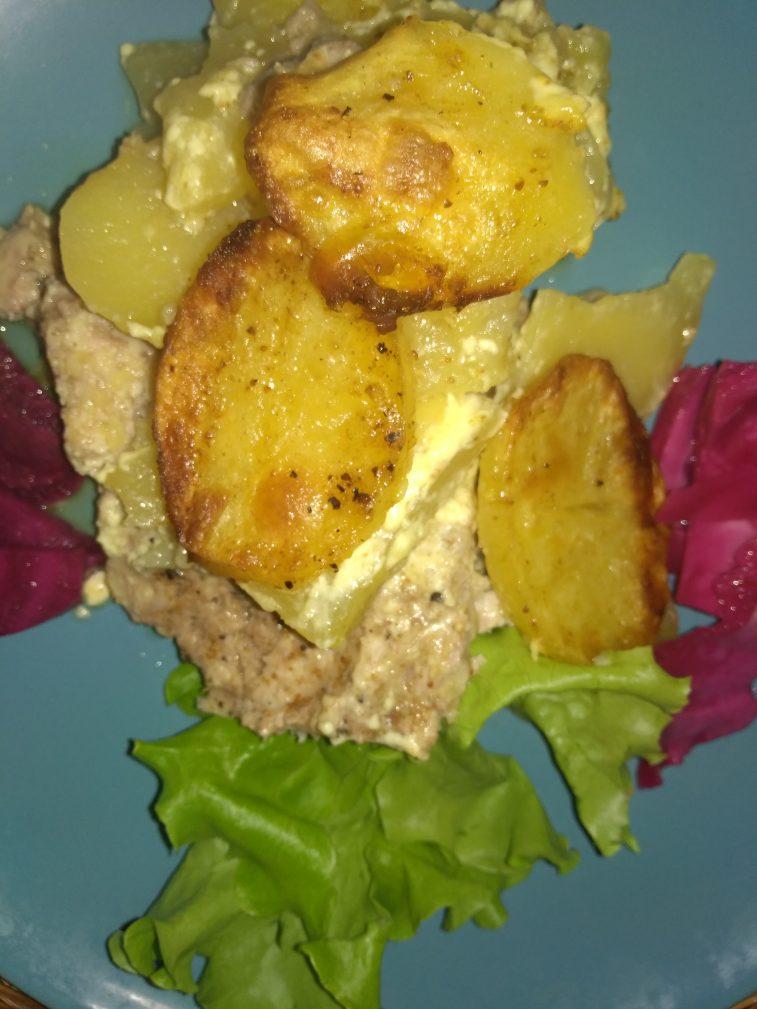 Фото рецепта - Картофельная запеканка с свино-говяжьим фаршем - шаг 5