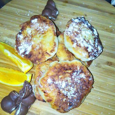 Сладкие сырники из домашнего творога - рецепт с фото