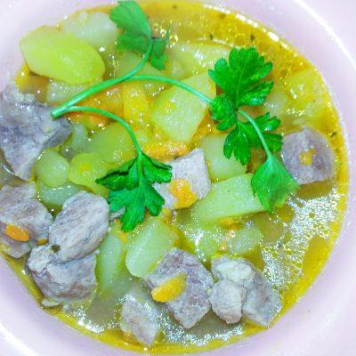 Картофельное рагу со свининой - рецепт с фото