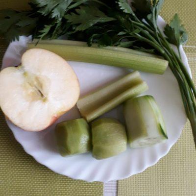 Фото рецепта - Витаминный «зеленый» смузи - шаг 1