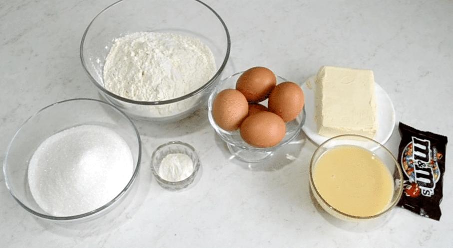 "Фото рецепта - Бисквитный торт ""Новогодняя ёлка"" - шаг 1"